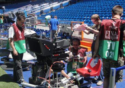 12_Orbiter_500_SUPERFLAT_Broadcast_camera_seat_SOCCER_UEFA_CHAMPOINSLEAGUE_FINAL_MADRID_3D_RIG